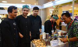 UKM Jabar Kadatuan Koffiee ikut memeriahkan acara KBRI Yangon di Myanmar
